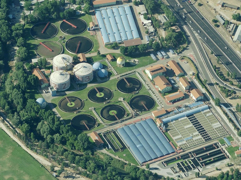 Vista aérea de la Estación Regeneradora de Aguas Residuales de Viveros de la Villa (Madrid)